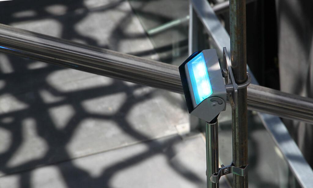 Fixation du luminaire - Mer-Veille, MuCEM, Marseille, France © Yann Kersalé, AIK - Photo : Vincent Laganier
