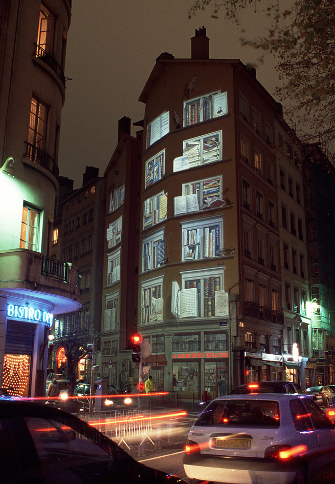 Bibliothèque de la cité, Conception lumière : Philippe Hutinet - Photo : Vincent Laganier