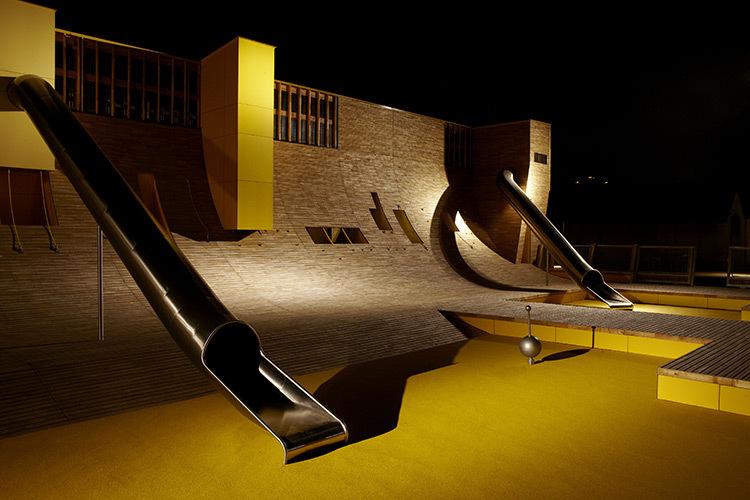 Parc Blandan, Lyon, France - Conception lumière : ON © Julien Falsimagne