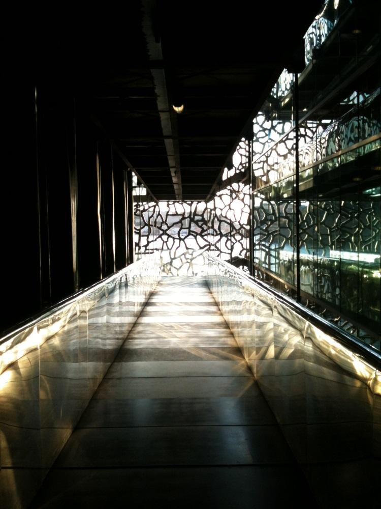 La r sille en b ton de rudy ricciotti sophie caclin light zoom - Mucem rudy ricciotti architecte ...
