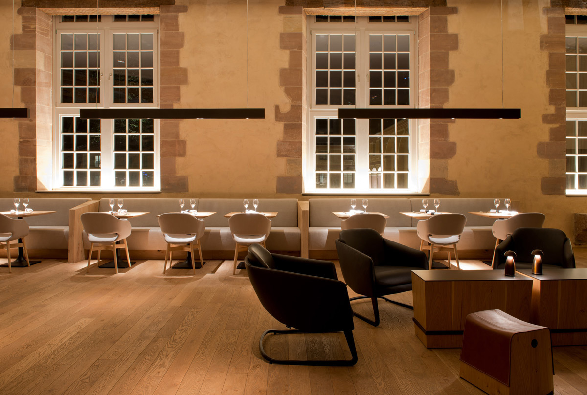 Haras de Strasbourg, France - Architecte intérieur Jouin Manku - Conception lumière L'Observatoire International - Photo Hélène Hilaire