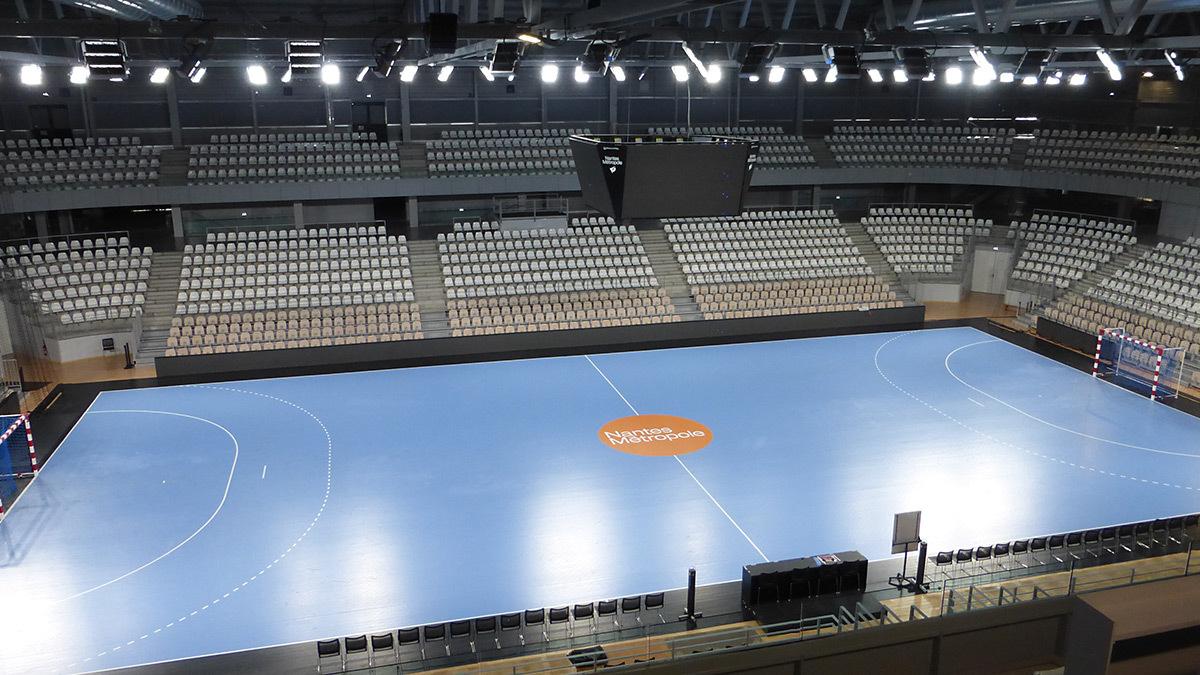 salle sportive m 233 tropolitaine en lumi 232 re 224 rez 233 light zoom lumi 232 re