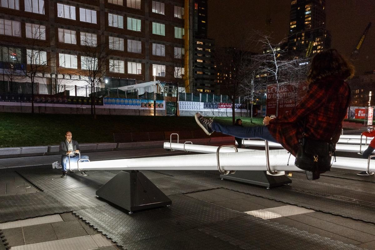 Luminothérapie Impulsion, Quartier des spectacles, Montréal, Canada - Conception : Lateral Office, CS Design, EGP Group ©Ulysse Lemerise_OSA