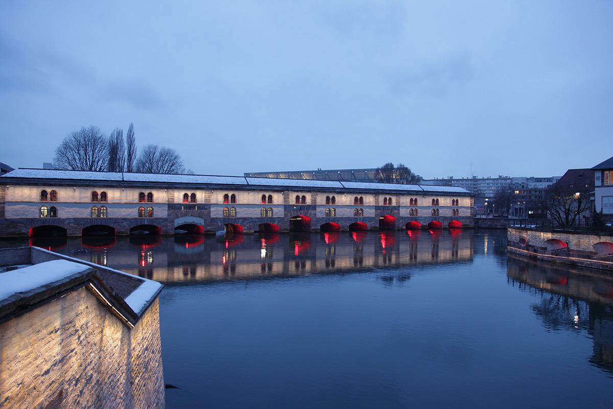 Mise en lumière des Berges de l'Ill, barrage Vauban, Strasbourg, France - Photo : CUS