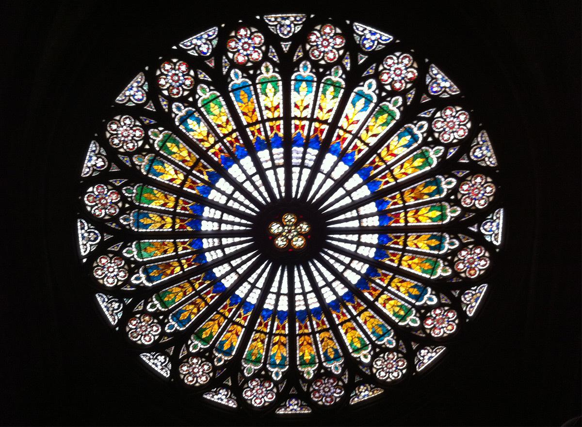 Visite technique de la rosace depuis l'intérieur, Cathédrale de Strasbourg, France - Photo : Helène Loewenguth