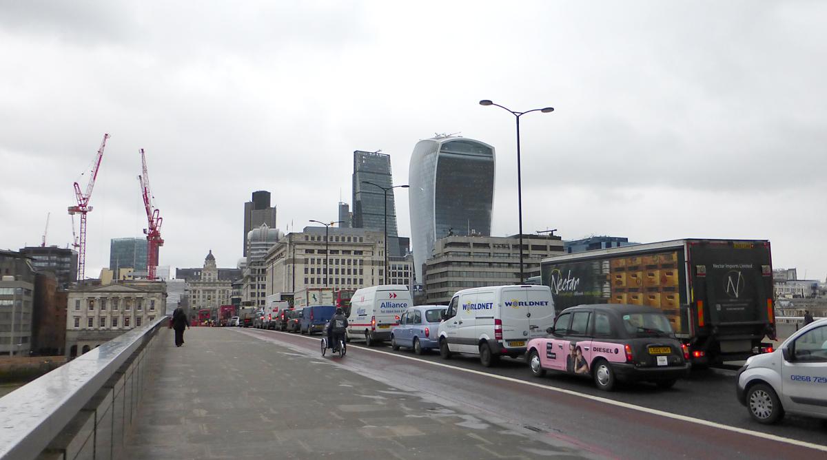 Tours de Londres vue de la Tamise - Photo : Vincent Laganier