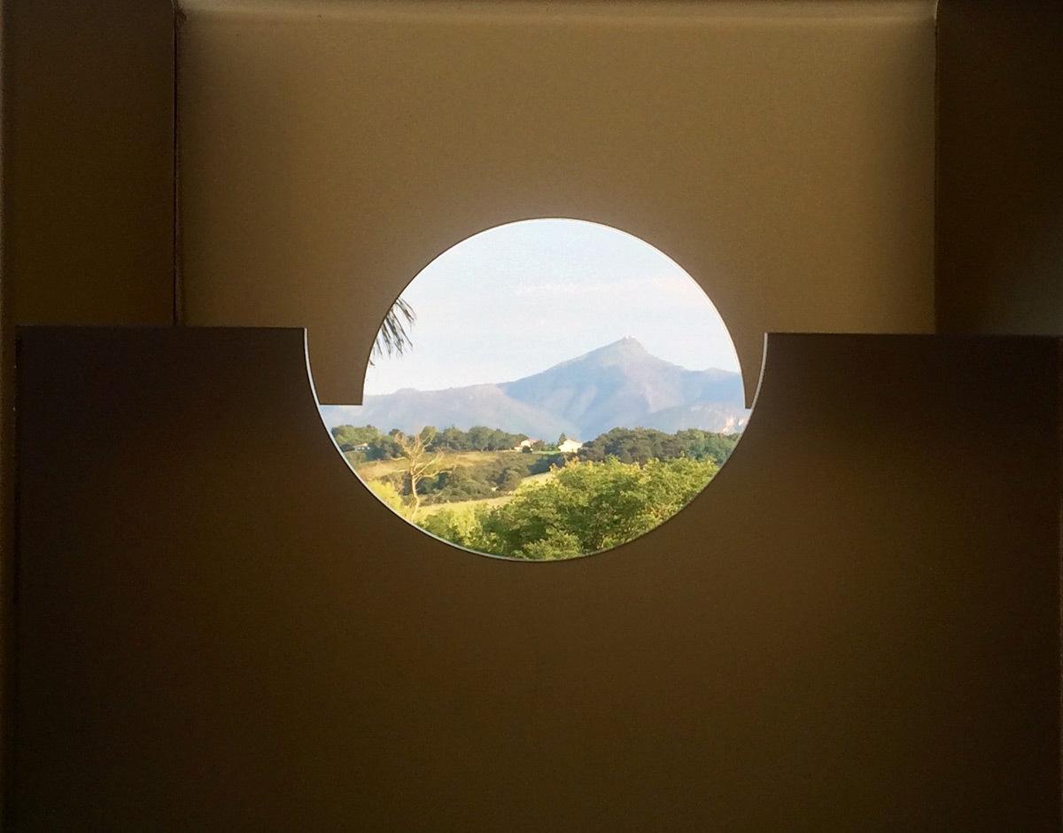 Re-Garder, de Juan Aizpitarte - Château-Observatoire Abbadia, Hendaye, France - Perceptions 3, explorations sensibles 2016 - Photo : Juan Aizpitarte