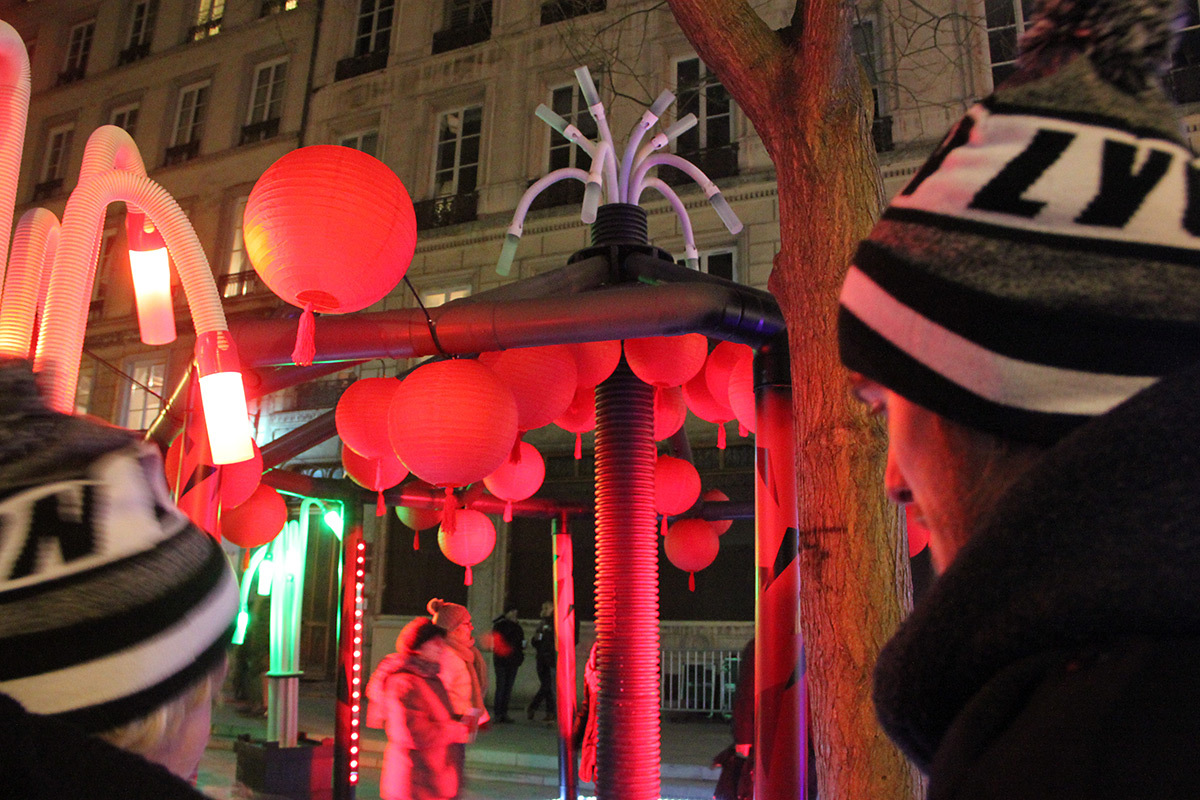 Expérimentations étudiantes, bas des pentes de la Croix Rousse - Fête des lumières 2016, Lyon, France - Photo : Vincent Laganier