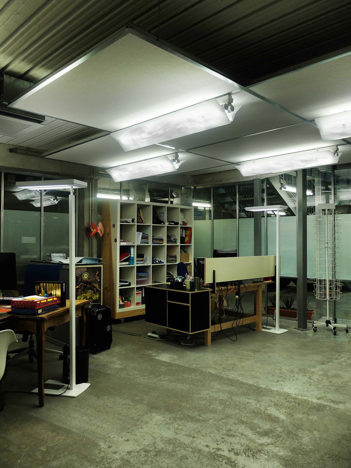 sous les nuages exactement clairage tamis des bureaux lu. Black Bedroom Furniture Sets. Home Design Ideas