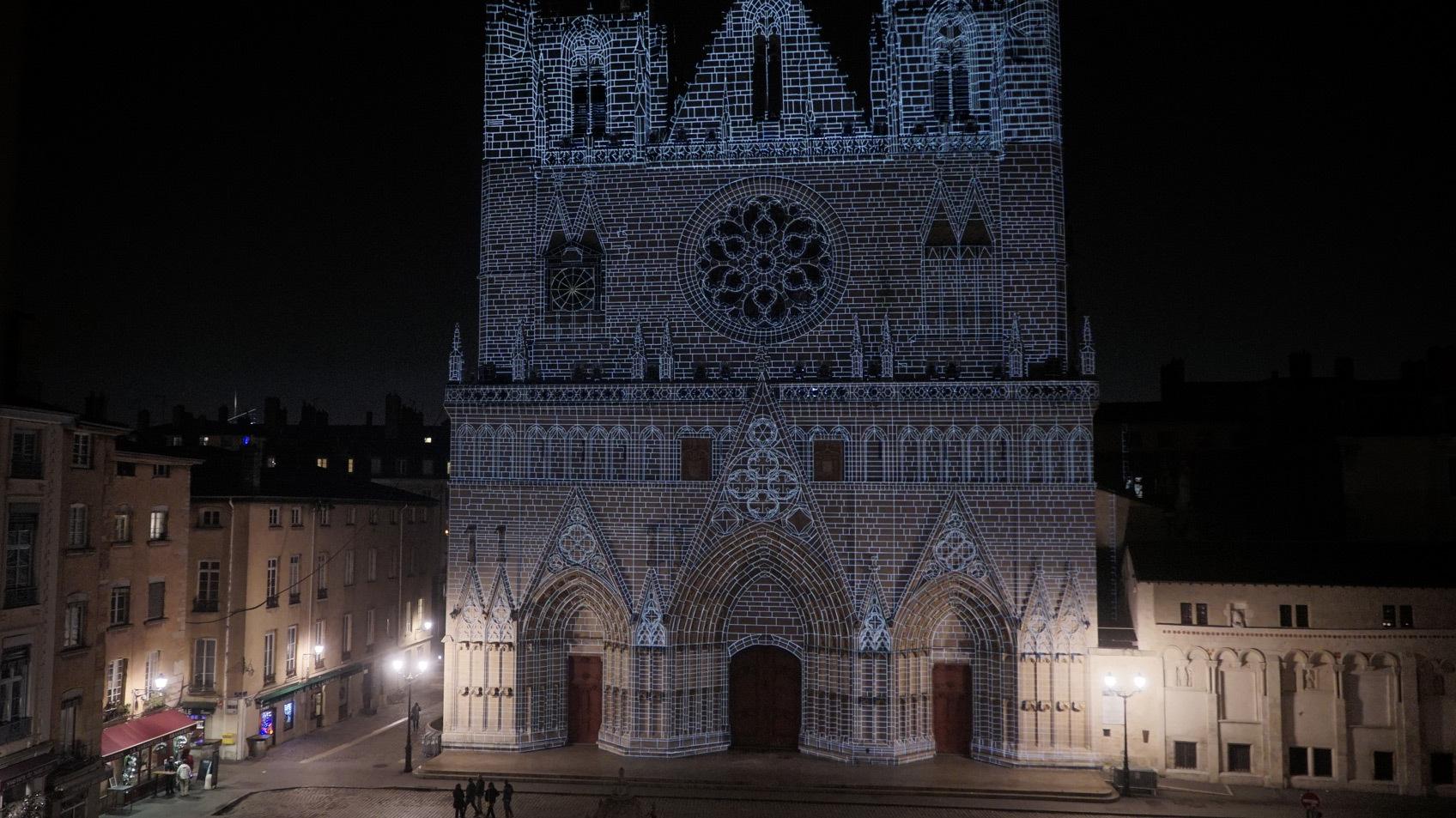 Mapping des pierres en facade evolutions cathedrale saint jean lyon france fete des - Nocturne foire de lyon 2017 ...
