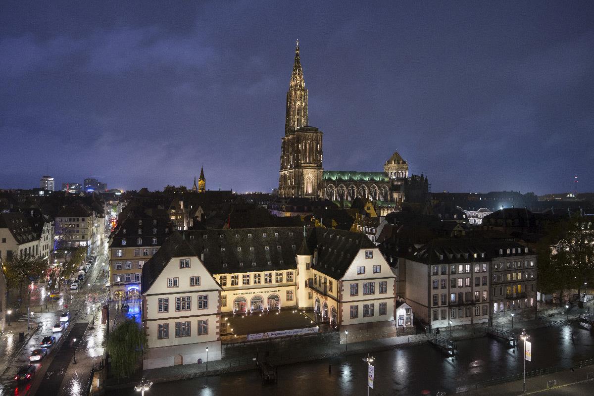 Cathédrale Notre-Dame de Strasbourg, France - Conception lumière : L'Acte Lumière © Xavier Boymond, Novembre 2016