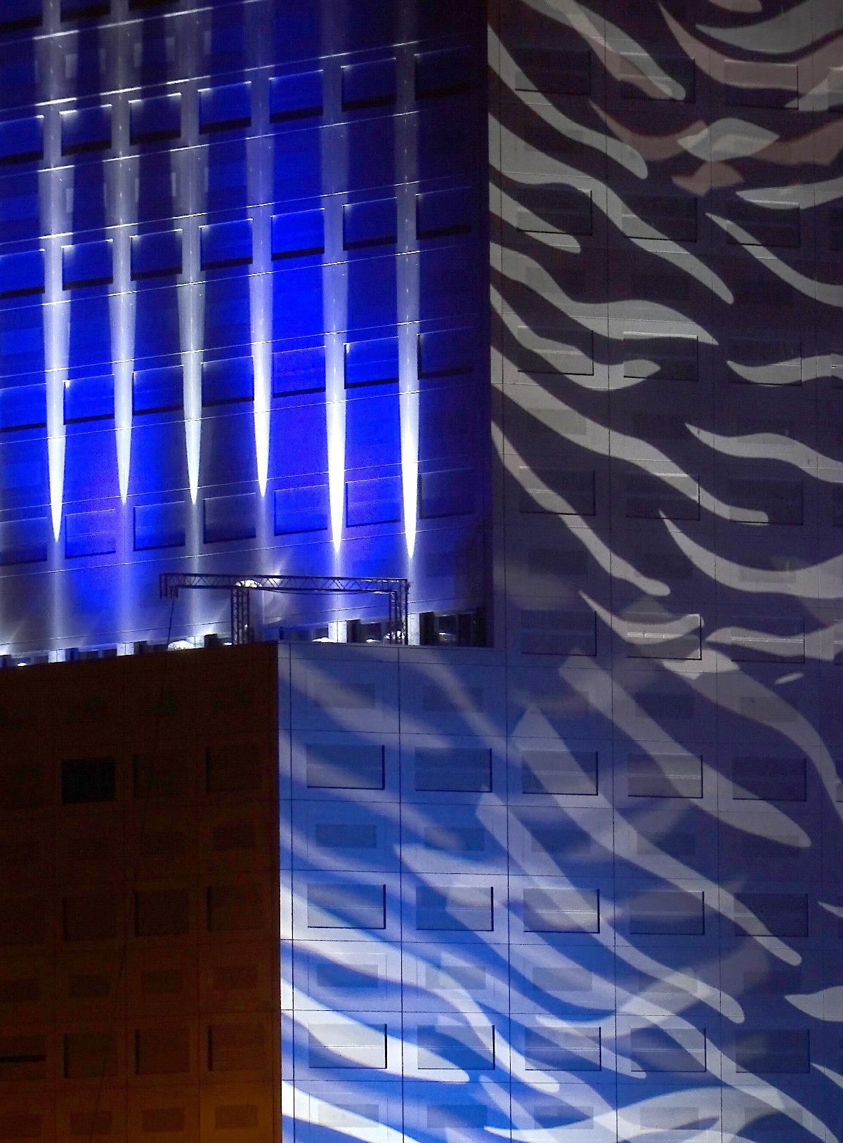 tour 360 view trames d 39 architecture et de lumi re light zoom lumi re le portail de la. Black Bedroom Furniture Sets. Home Design Ideas