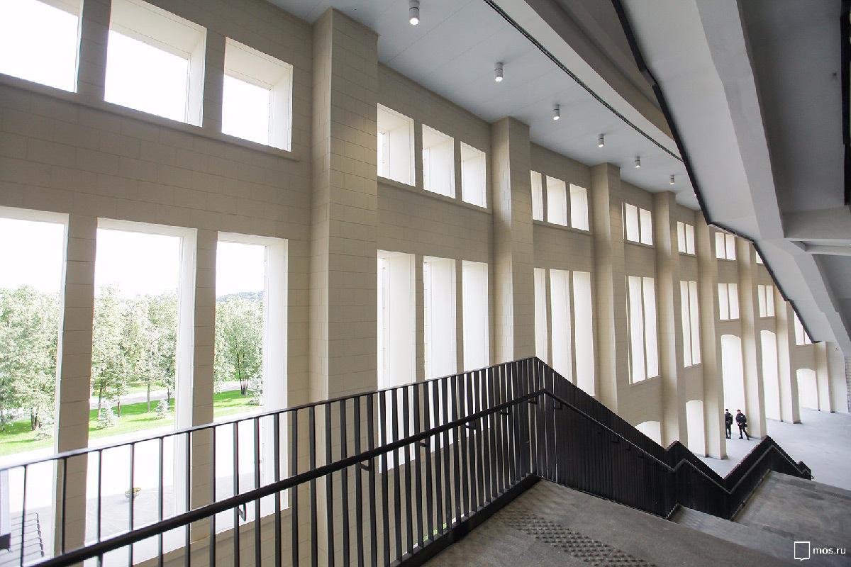 stade loujniki de moscou clairage de l ar ne sportive light zoom lumi re le portail de la. Black Bedroom Furniture Sets. Home Design Ideas