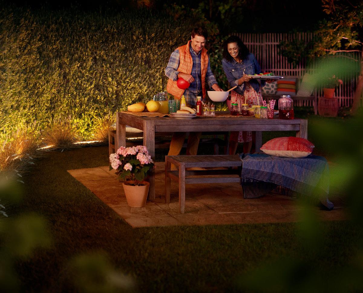 philips hue nouveaut s lumineuses pour la maison light zoom lumi re. Black Bedroom Furniture Sets. Home Design Ideas