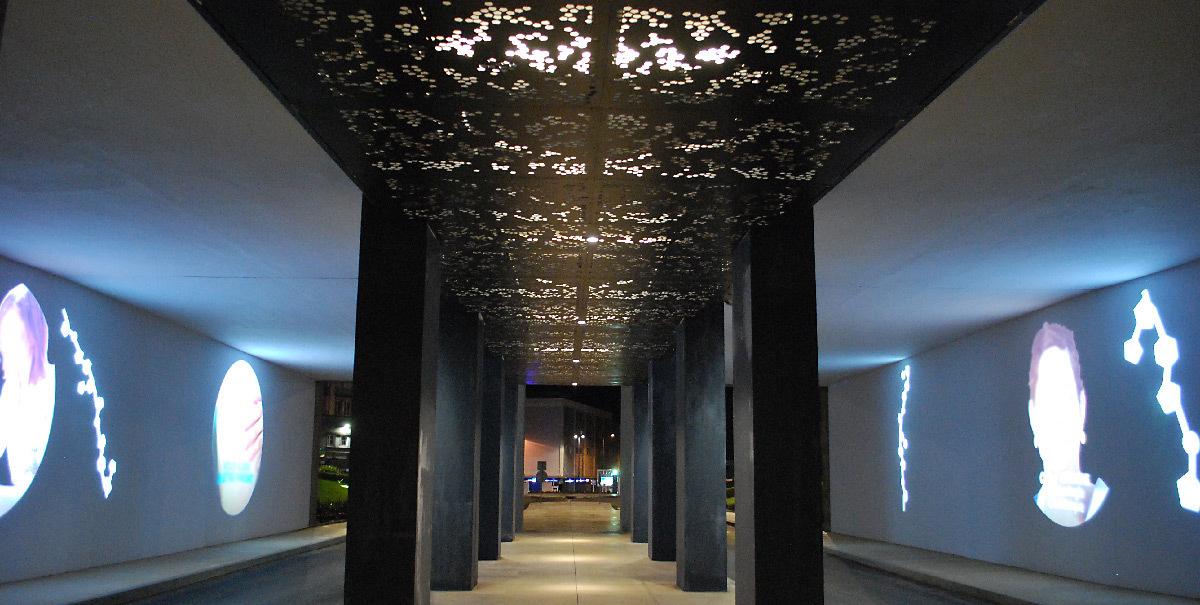 brest chru h pital morvan en lumi re architecturale light zoom lumi re le portail de la. Black Bedroom Furniture Sets. Home Design Ideas