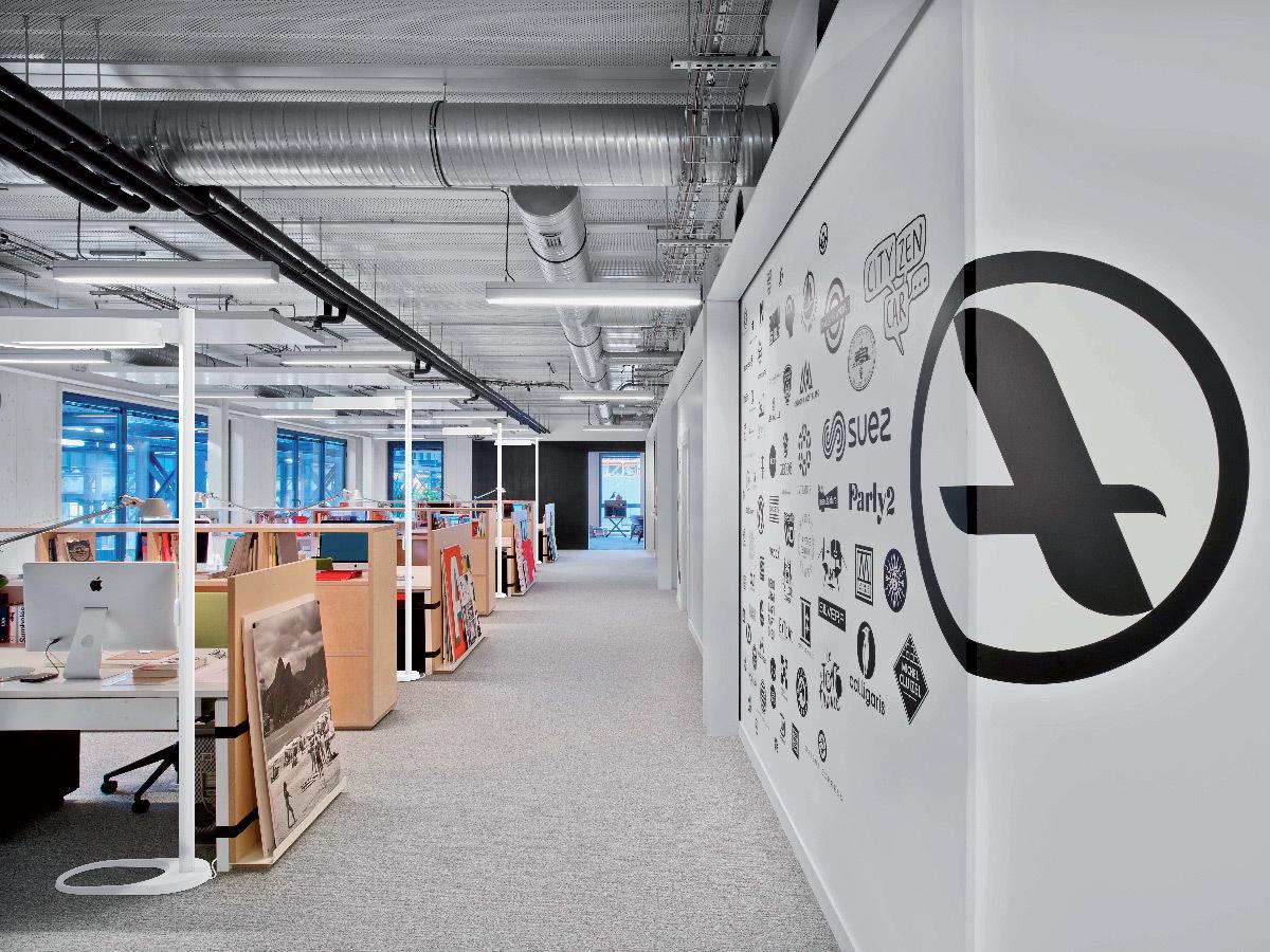 Luminaire rivoli lucibel manganese ambiance interieure bureaux